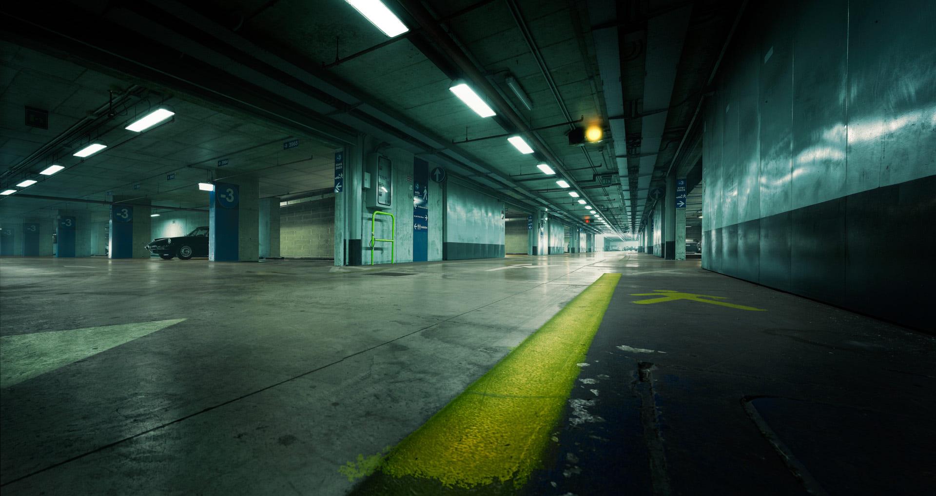 地下车库为什么需要租赁大型除湿机设备缩略图